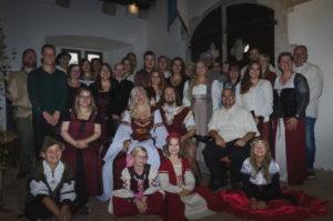 Hochzeitsgesellschaft Mittelalterhochzeit